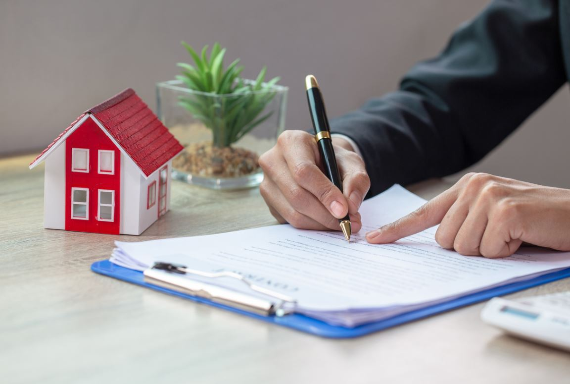 signer contrat immobilier